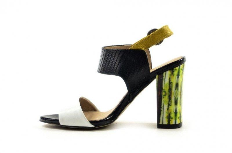 Czółenka 38 sandałki KANIOWSKI skóra K-0387 białe czarne słupek