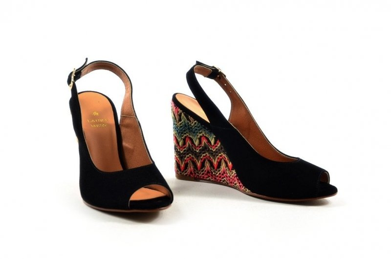 Sandałki 36 koturn LAURA MESSI 1964 skóra czarne