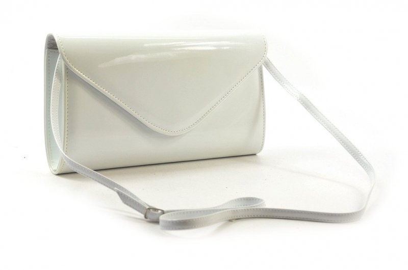 TOREBKA kopertówka wizytowa lakierowana biała