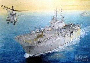 HOBBY BOSS 83402 1/700 USS Wasp LHD-1