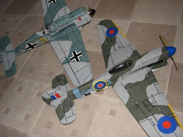 Hawker Typhoon Mk I B Samolot do złożenia KIT