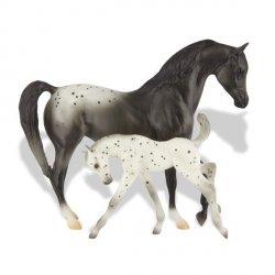 Koń ze źrebakiem Apallosa 1 szt.