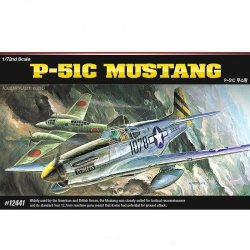 ACADEMY P-51C MUSTANG SKALA 1:72 8+