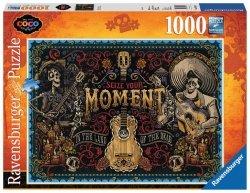 RAVENSBURGER 1000 EL. - DISNEY COCO CHWYTAJ CHWILĘ PUZZLE 14+