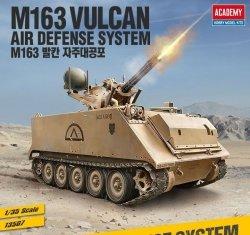 ACADEMY M163 VULCAN U.S. ARMY SKALA 1:35