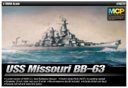 ACADEMY BB-63 USS MISSOURI SKALA 1:700