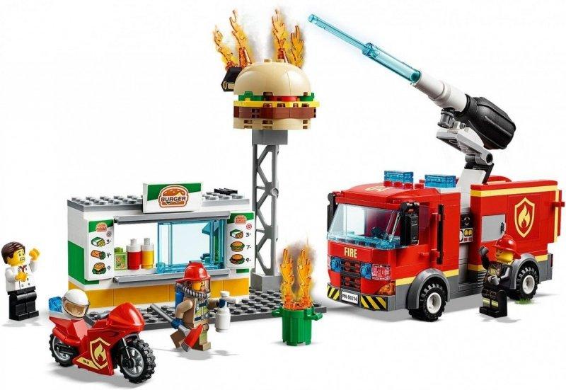 LEGO CITY NA RATUNEK W PŁONĄCYM BARZE 60214 5+