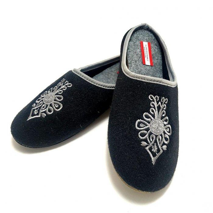kapcie-domowe-meskie-haftowane-slippers-family