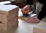 Szlifowanie drewna dla początkujących: jaką szlifierkę do drewna kupić?