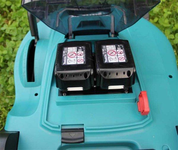 Kosiarka akumulatorowa do trawy Makita DLM431PT2 2x18V 5.0Ah