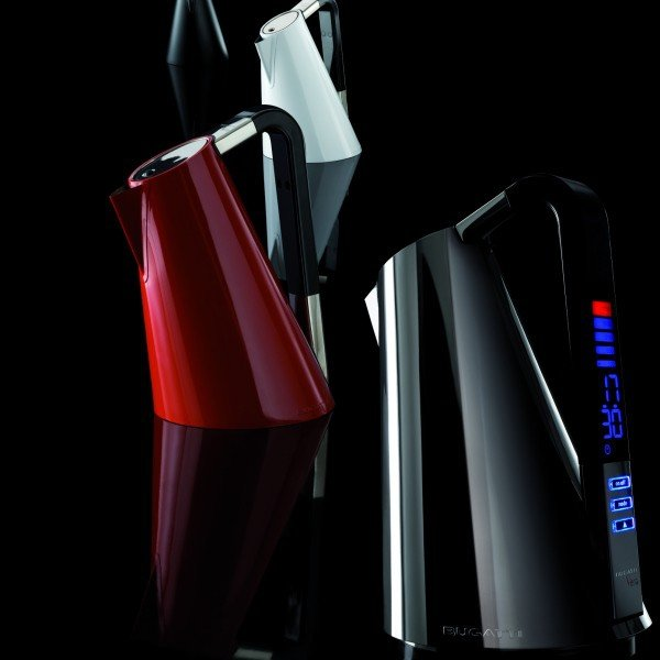 Casa Bugatti VERA Czajnik Elektryczny - Czerwony