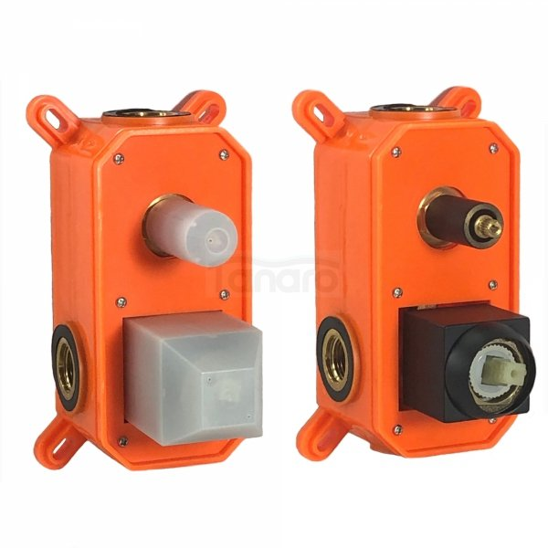 BWTECH - Zestaw natryskowy KLEO z baterią podtynkową, mechaniczną, 2-funkcyjną, BOX montażowy, deszczownica kwadrat 300x300mm