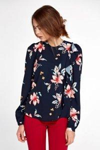 Bluzka z pionową falbanką po lewej stronie - kwiaty/granat - B93