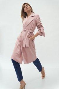 Różowy płaszcz z wiązanymi rękawami - PL13