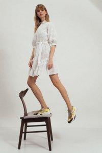 Bawełniana biała sukienka z falbaną - S169