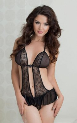 xGisela - black 1827 body