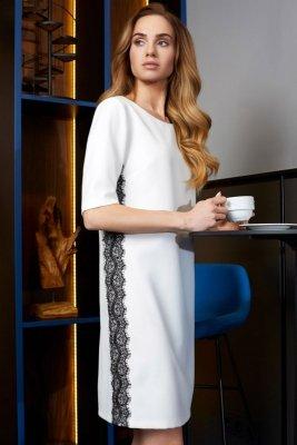 S107 Sukienka z lampasem z koronki - ecru
