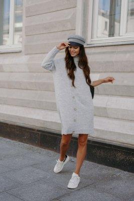 Swetrowa sukienka z golfem i guzikami LS304 jasnoszary