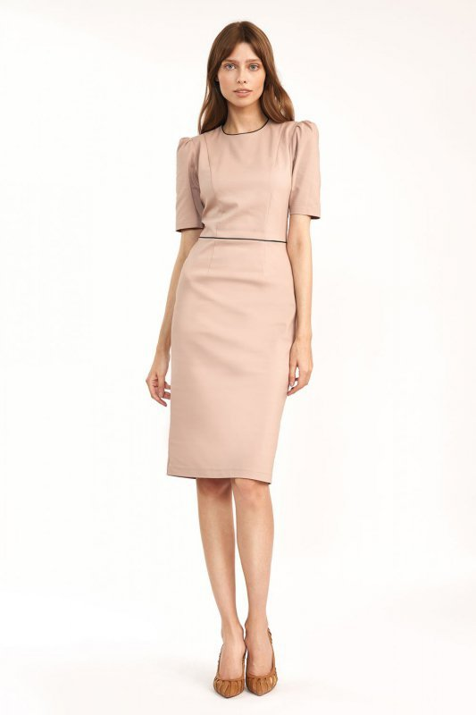 Klasyczna sukienka w kolorze beżowym - S187