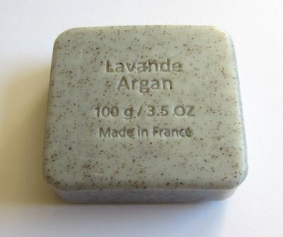 Savon du Midi Mydło peelingujące z olejem arganowym i lawendą 100 g