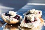 Rodzaje kremów deserowych, cz. 2: creme angleise i clotted cream
