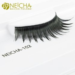 Strip false eyelashes 102