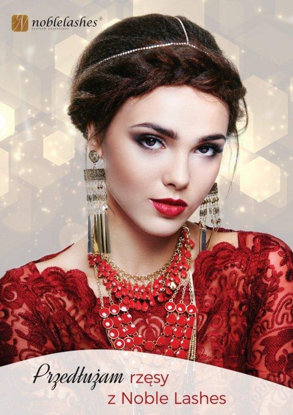 Plakat Noble Lashes A3 ze złotym tłem