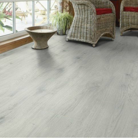 TARKETT - White Oak ( Dąb biały )2V 8215300 AC4 8mm Infinite832