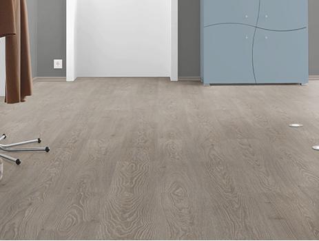 EGGER - Panele podłogowe Dąb Cesena szary EPL150 4V / Classic 12mm AC5