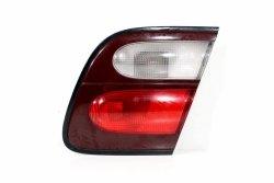 Lampa w klapę prawa Nissan Almera N15 1998-2000 Lift Hatchback