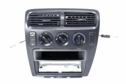 Panel sterowania klimatyzacją Honda Civic VII EP EU 2001