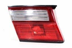 Lampa w klapę lewa Nissan Almera N15 1998-2000 Lift Sedan