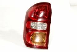 Lampa tył lewa Toyota Rav4 XA20 2004 5-drzwi