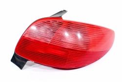 Lampa tył prawa Peugeot 206 1999 3D