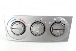 Panel sterowania klimatyzacji Subaru Forester SG 2003