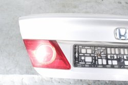Klapa bagażnika tył Honda City IV Lift 2006 Sedan (Kod lakieru: NH-700M)