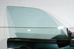 Szyba drzwi przód prawa Subaru Forester SG 2003