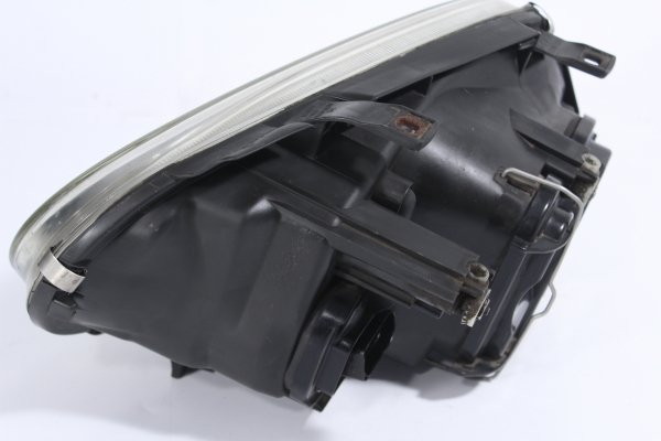 Reflektor prawy VW Golf IV 1J 1997-2003 (z halogenem)