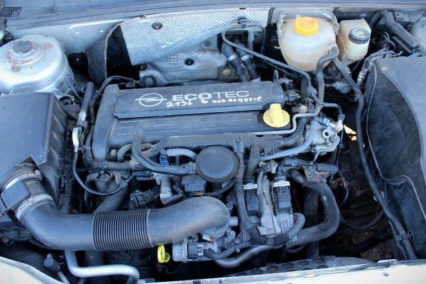 Błotnik przód lewy Opel Vectra C Lift 2006 Kombi