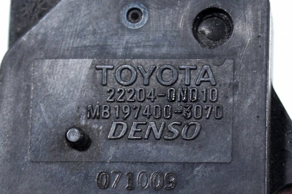 Przepływomierz Toyota Avensis T25 2003-2008 2.2 D-CAT