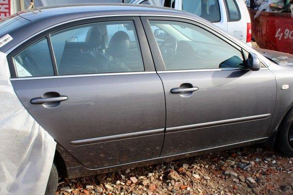 Drzwi przód lewe Kia Magentis 2006 Sedan (Kod lakieru: 8V)