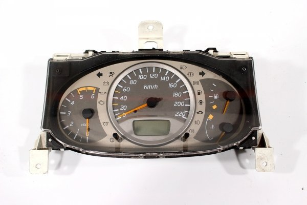 Licznik zegary Nissan Almera Tino V10 2002 2.2D