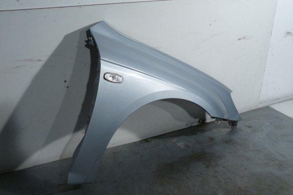 Błotnik przód prawy Kia Cerato 2005 Hatchback 5-Drzwi