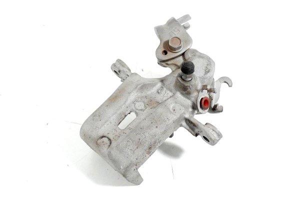 Zacisk hamulcowy tył lewy - Nissan - 100nx - zdjęcie 3