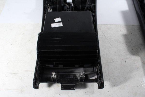 Tunel środkowy VW Phaeton GP3 2011