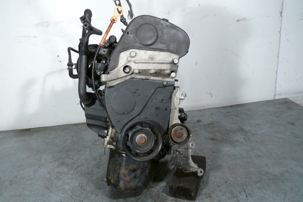 Silnik Skoda Fabia 6Y 2002 1.4i AUA