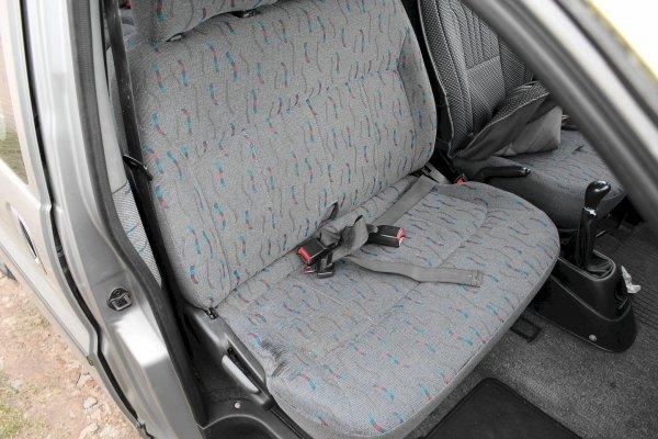 Kanapa 3 rząd Hyundai H-1 1998