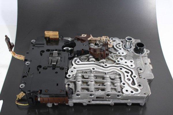 Płyta zaworowa sterownik skrzyni biegów 8HP55 NVF Audi A7 C7 2012 3.0TDI