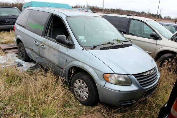 Maska Chrysler Voyager GY Town & Country 2004