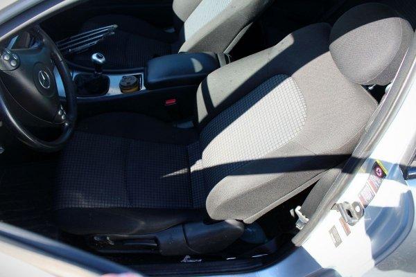 Fotel kierowcy prawy Mercedes C-klasa W203 2006 Coupe